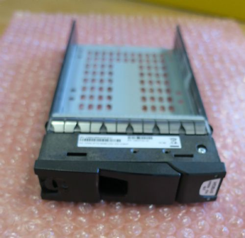 "Dell Compellent 3.5"" HDD SAS / SATA Caddy Tray 0944489-02 with screws"